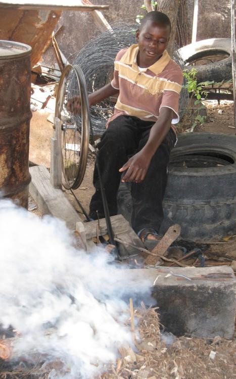 Murawo Tembedza at work 2