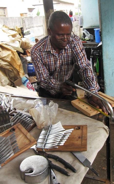 Fradreck Mujuru sawing gwariva