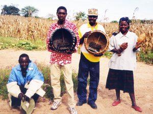 Alois Mutinhiri & Mhondoro Mbira Group 2001